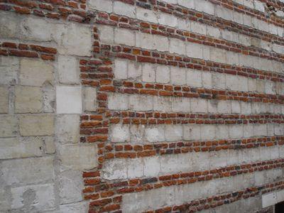 Cambrai wall April 2005