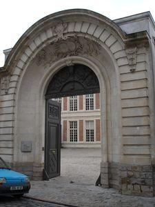 Cambrai  Museum entrance April 2005