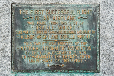 A marker commemorating the takeoff spot of the first 4 powered flights.