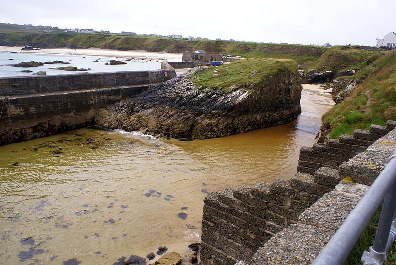 """Port of Ness Harbour<br /> <br />  <a href=""""http://www.maplandia.com/united-kingdom/scotland/scotland/western-isles/port-of-ness/"""">http://www.maplandia.com/united-kingdom/scotland/scotland/western-isles/port-of-ness/</a>"""