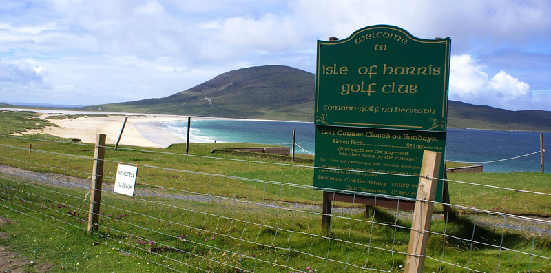 Not far north of Leverburgh we come upon one of the amazing sandy beaches for which Harris is renowned afar. The Isle of Harris Golf Club must take the definition of a 'links course' to new levels!