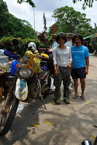 Takao & Miyuki, Japanese, going south, around the world, Honda XR250 Baja, Suzuki CX250 Djebel, 19-03-2011