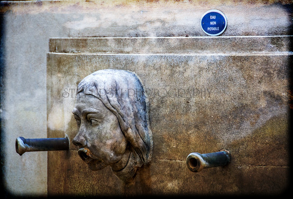 PEZENAS WATER FOUNTAIN