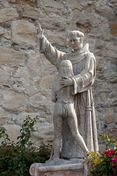 Junipero Serra statue shot in natural light