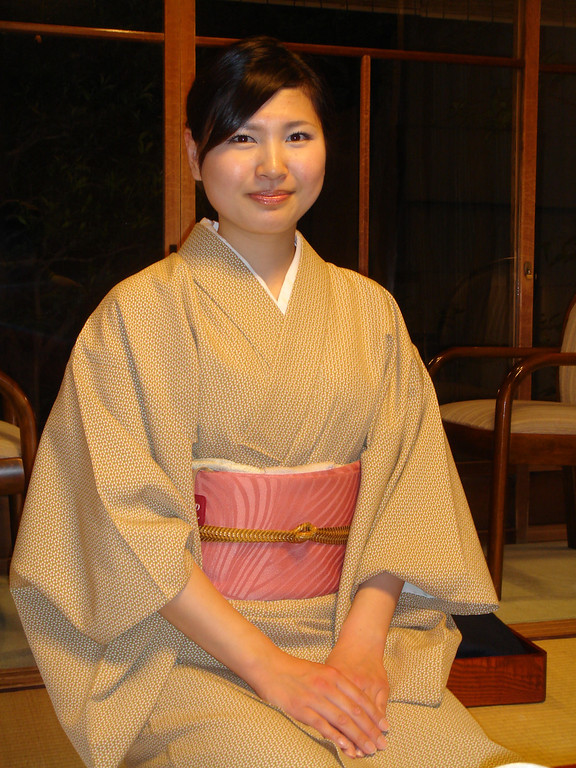 Peaceful ryokan<br /> Paper walls, tatami mats<br /> Shuffling feet on floors<br /> <br /> Sylvia Eldridge  Imperial Pilgrimage Route  May 2004