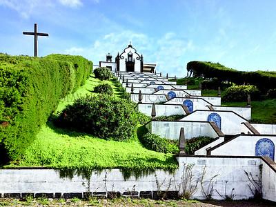 THE CHAPEL OF NOSSA SENHORA DA PAZ, SAO MIGUEL ISLAND, VILLA FRANCA DO CAMPO, AZORES