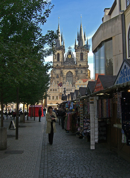 Vendor stalls and Tyn Church seen from west of Town Square. Location 4 on satellite photo.