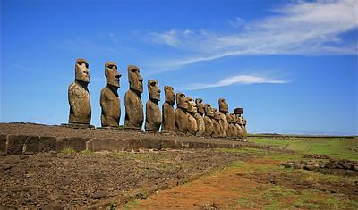 Ahu Tongariki (15 moai - grootste Ahu). Paaseiland (Rapa Nui), Chili.