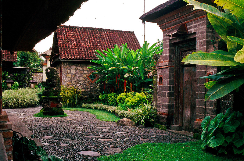 Most accommodations were single bungalows, but through the door on the right was a compound of three.