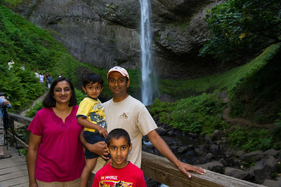 Shripal, Kushaal, Avinash, and Priyesh at Latourell Falls