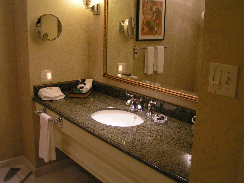 The vanity area is well equipped with luxury toiletries, plenty of plush towels, and good lighting.  I can understand why many fine hotels provide a bathroom scale, but it has always seemed to me to be an act of some cruelty.