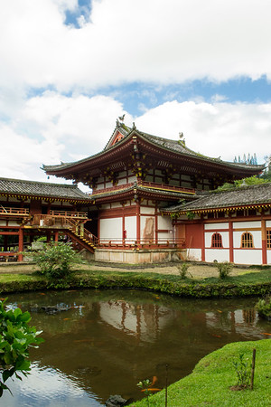 Byodo-In Temple reflected in the pond