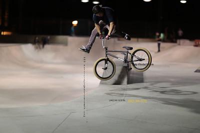 Jonathan at Pavilion skateboard park, palm springs  CA    N9A6172