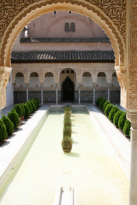 Poble Espanol Alhambra garden
