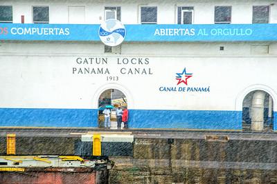 Rainy day at the locks