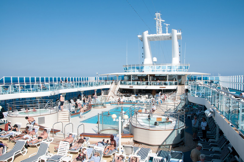 • Coral Princess<br /> • 14 floor Lido swimming pool