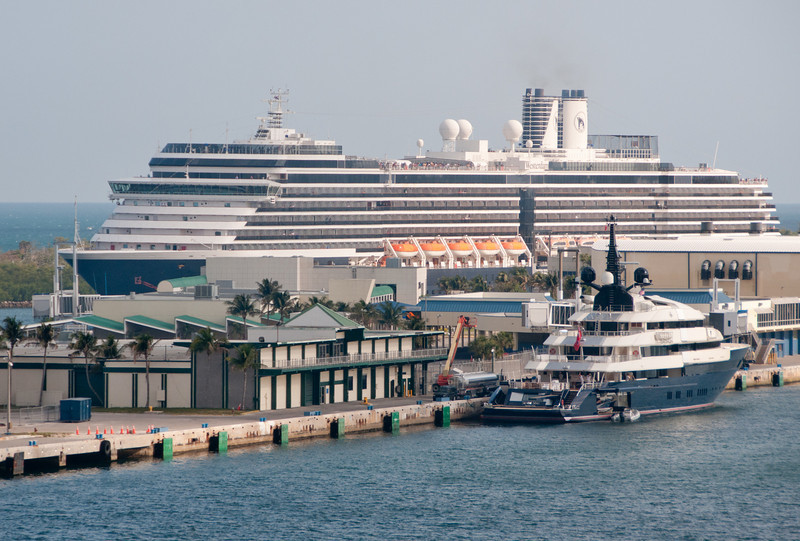 View from leaving Port Everglades in Ft Lauderdale