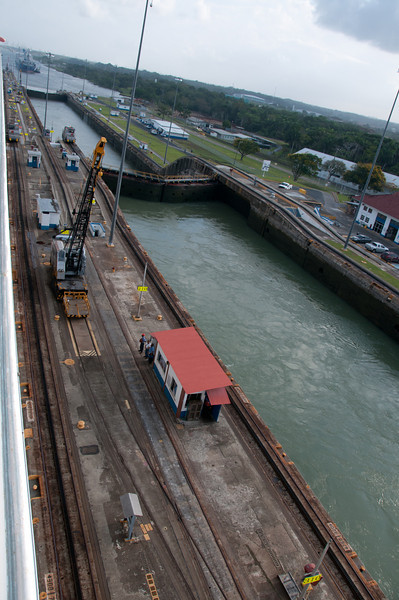 • Panama Canal<br /> • Each lock chamber requires 26,700,000 gallons of water to fill it , so it can raise and lower the ships. The water is moved by gravity, and is controlled by huge valves in the culverts.