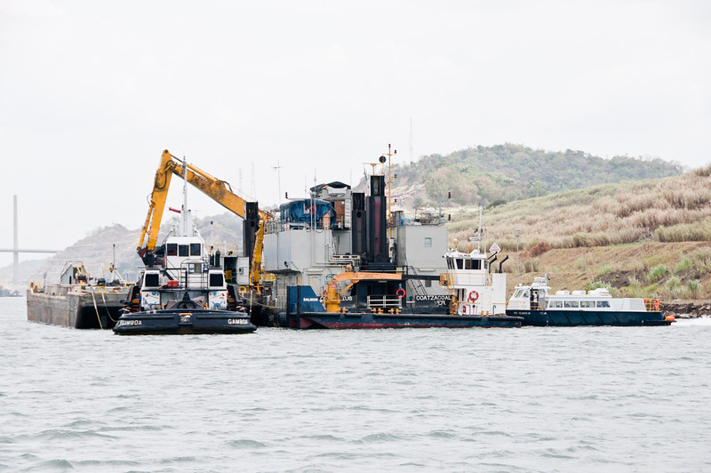 • Panama Canal<br /> • A dredger that is being used for the new locks