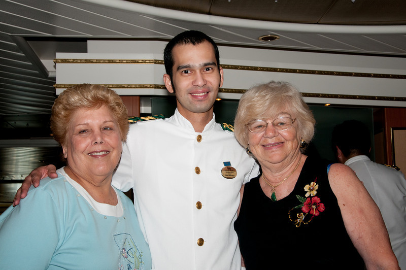 * Coral Princess<br /> * Sandy, Ronaldo, and Gertrude in the Provence Dining Room