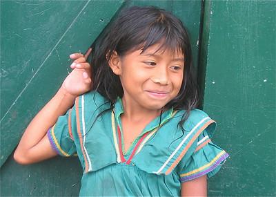 Nora. Groot worden op koffieplantage  Kotowa. Boquete, Panama.
