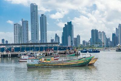 Ciudad De Panamá frente Mercado de Marisco