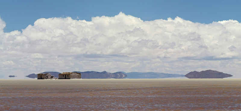 Salar de Uyuni, south Bolivia