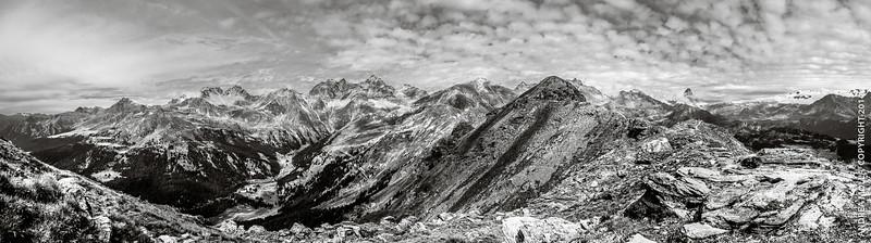 Mont Méabé (2615 mt.) dall'antecima. Torgnon (AO), Italia