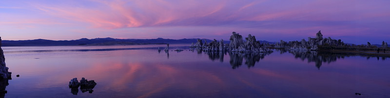 Tufa at Mono Lake at sunrise