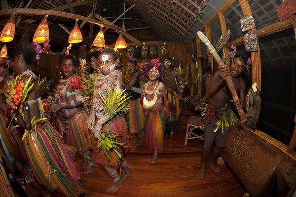 Karawari staff celebrate our departure
