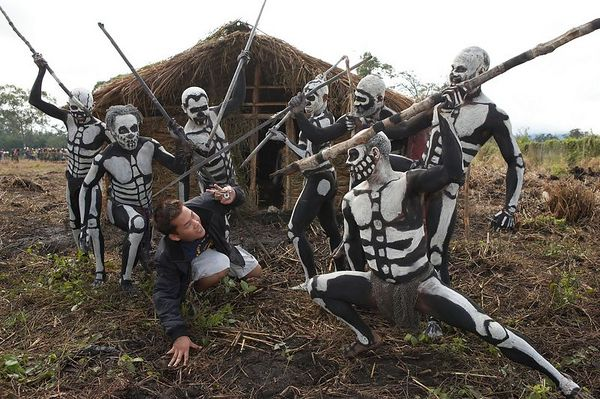 Son Ly is attached by South Chimbu dead men