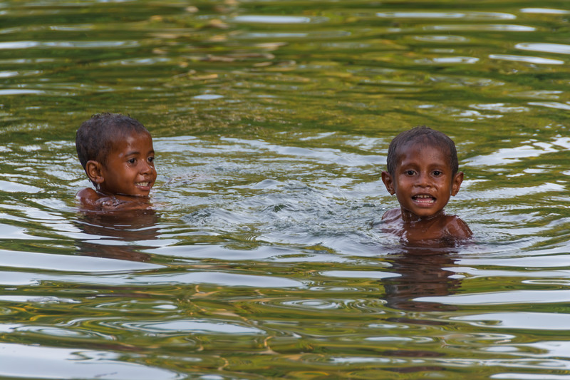 Papua Warironi 2015-10 20 YapenIs-Indonesia