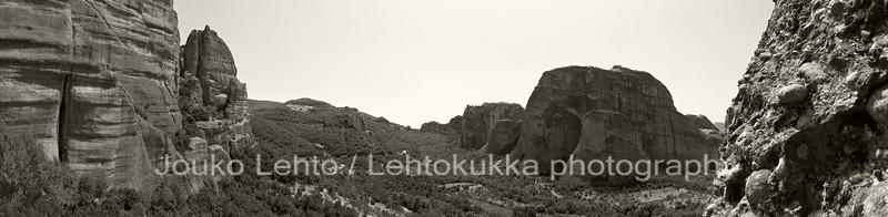 Monastery of Saint Nicholas Anapafsas: A view to the Monastery of Roussanou