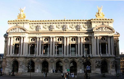 front view of Opéra Garnier