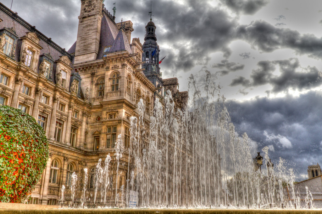 Hotel de Ville- city administration building of Paris. Finished in the 1600's.