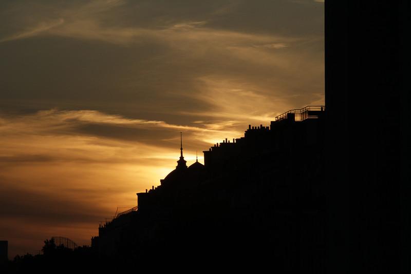 Sunset taken through the Arc de Triomphe