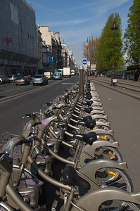 Bycykler ved Seinen i Paris