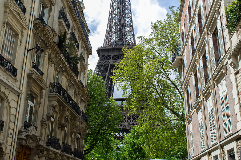 The Eiffel tower as seen from a nearby neighborhood
