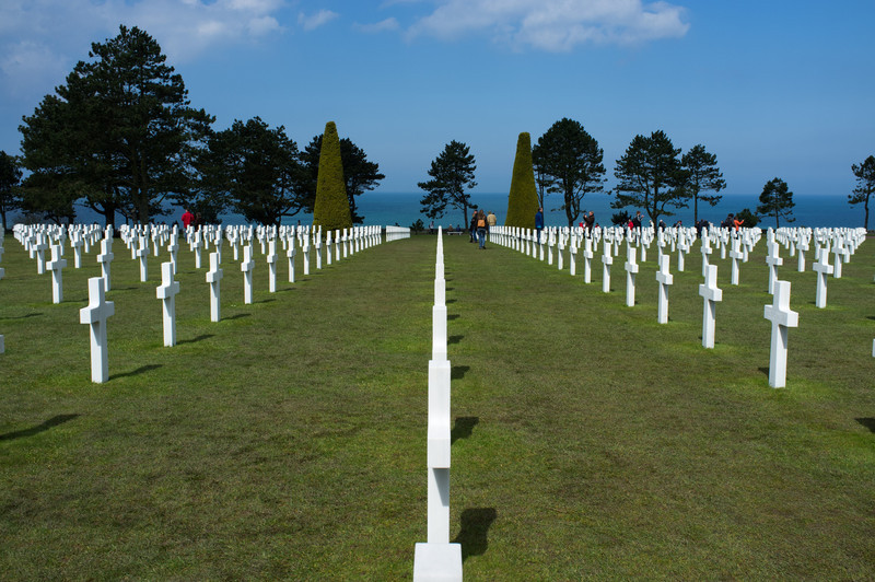The cemetery is just above the Omaha beach landing site, on a beautiful plain that rolls gently toward the sea.