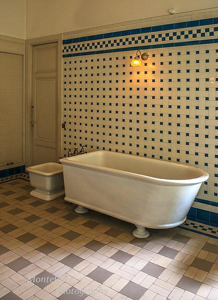 Bathroom in Musee Nissim De Camondo Paris
