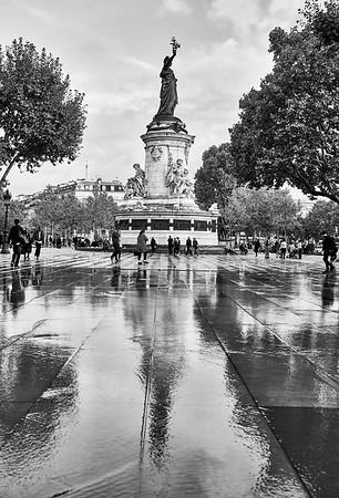 Oct. 5,  2017 - Paris    Place de la Republique   Credit- Robert Altman