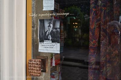 2018_Paris_Joyce, Books, Paris