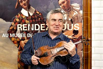 Ukrainian Musicians 'Les Musiciens de Lviv' in Paris Subway