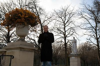 Henry in Jardin de Luxembourg