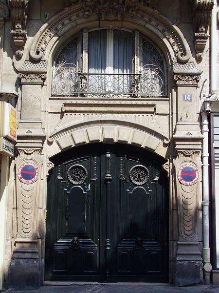 Paris Fr 2001
