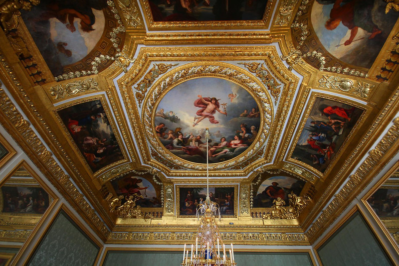 The Palace at Versailles was built by French King Louis XIV with the mission of becoming the envy of royalty all over the world. The mission may have succeeded, as the Palace's size and grandeur is truly legendary.