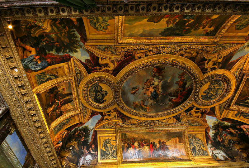 At one point in history the Palace became the ultimate symbol of wasteful excess by Royalty. The amazing furnishings were auctioned, the artwork transferred to museums, and the buildings remained unused for years. Reigning Kings would visit but dared not re-occupy it. It was re-opened when perceptions changed about its historical value.