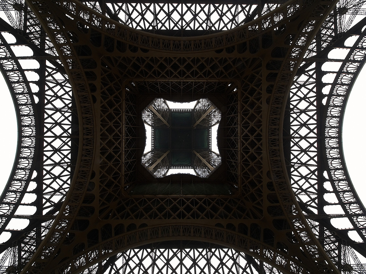 Eiffel Tower from directly under, at 7mm.