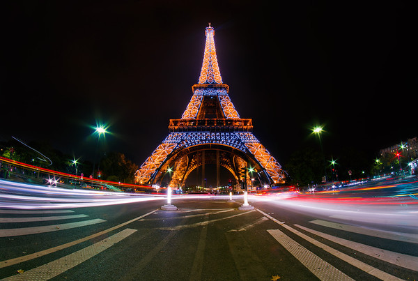 "The Eiffel Tower in Paris, France during its hourly light show. <br /> <br /> Read more: <a href=""http://www.travelcaffeine.com/eiffel-tower-paris-light-show-photo/"">http://www.travelcaffeine.com/eiffel-tower-paris-light-show-photo/</a>"