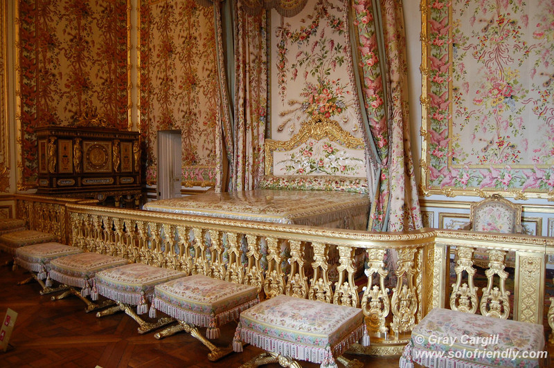 Queen's bedchamber